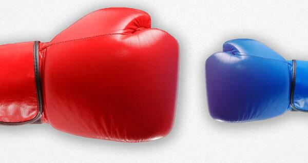 Boxhandschuhe Rot und blau