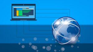 Weltkugel mit Rechner beim Datenempfang